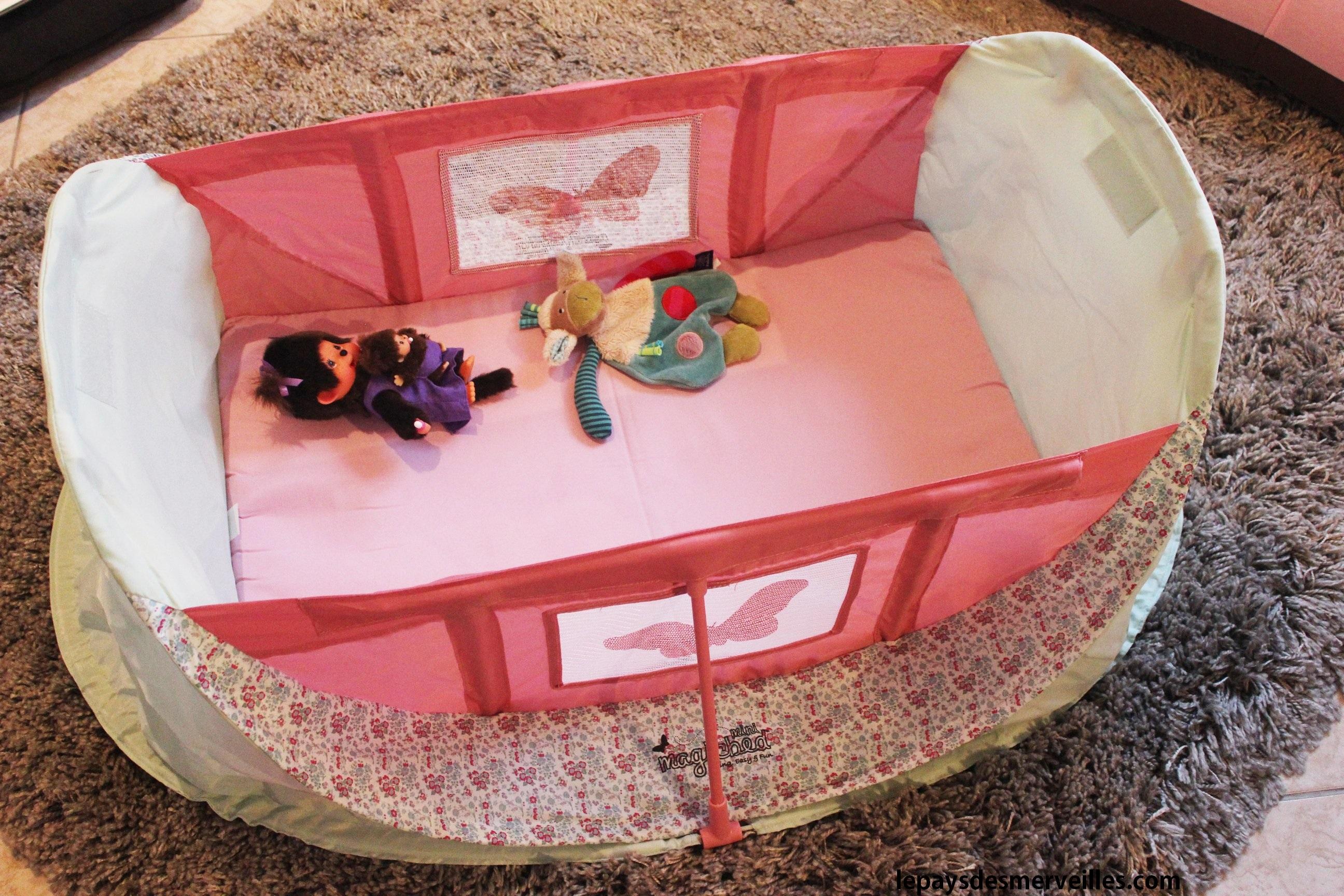 on a test le mini magicbed le berceau pliant emporter partout le pays des. Black Bedroom Furniture Sets. Home Design Ideas