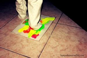 peinture propre avec les pieds