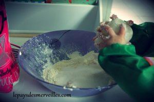 gateau au yaourt arc en ciel (3)