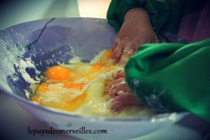 gateau au yaourt arc en ciel (4)