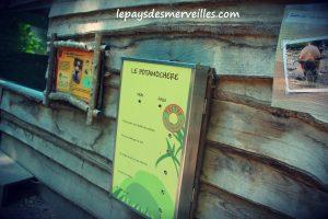 """Panneau """"vrai/faux"""" au zoo de Cerza"""