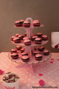 présentoir cupcake rose