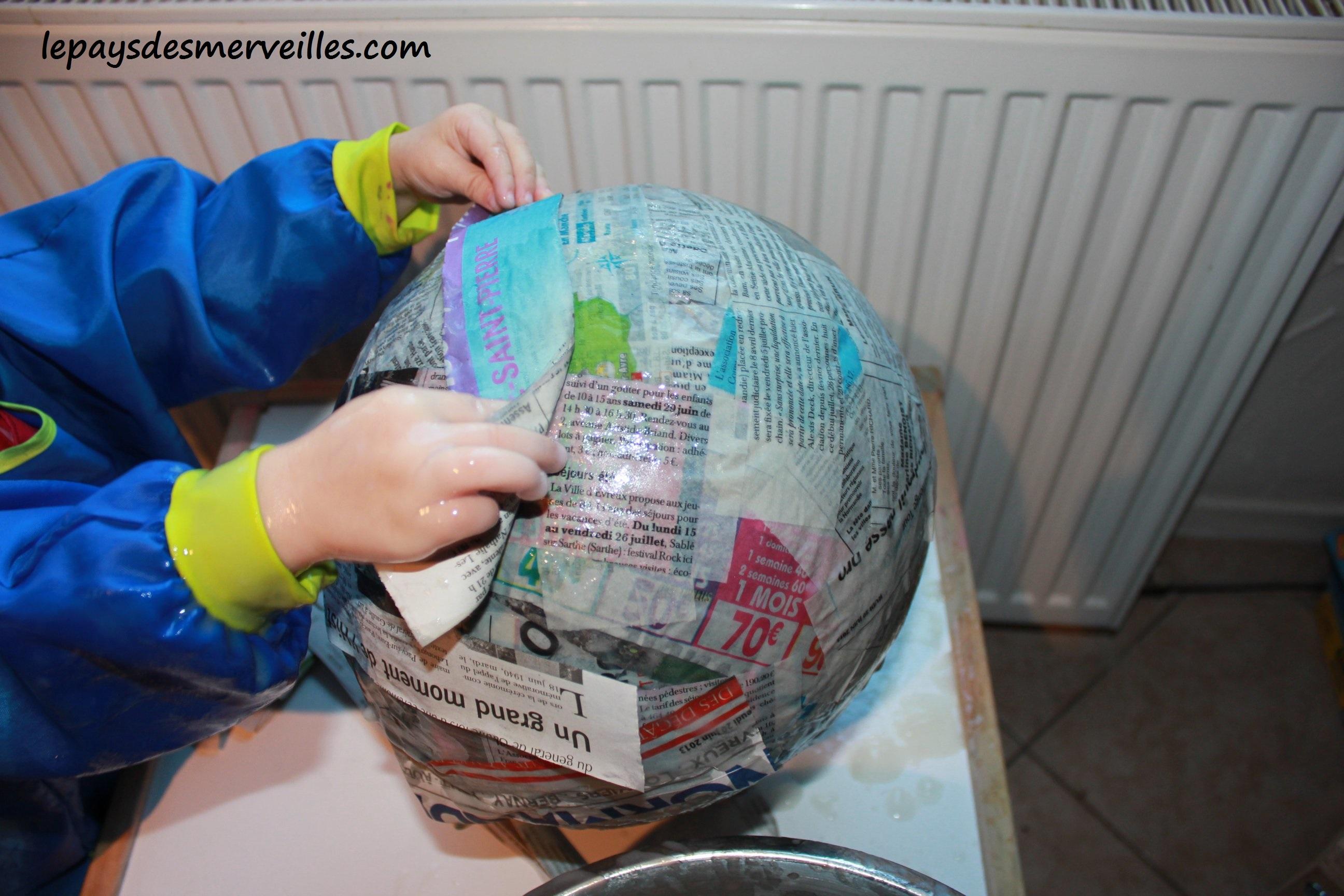 Bricolage halloween citrouille en papier mach colle - Bricolage en papier journal ...