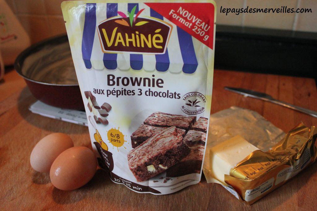 Brownie aux pépites 3 chocolat Vahiné (2)
