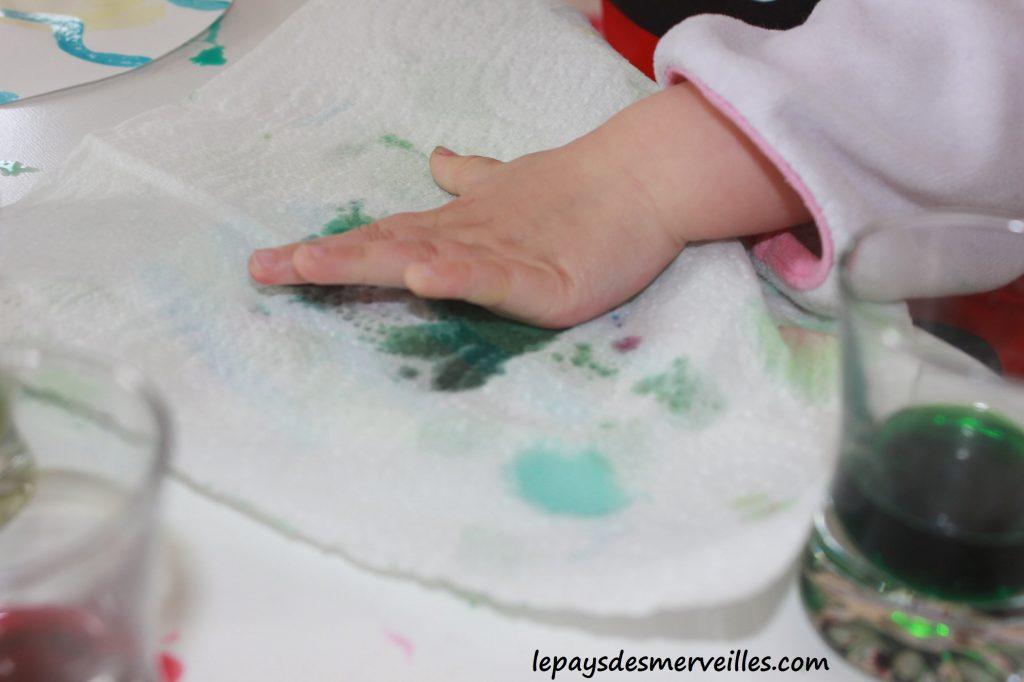 Guirlande de paques - Liquide à masquer et encre - activité pour paques (9)