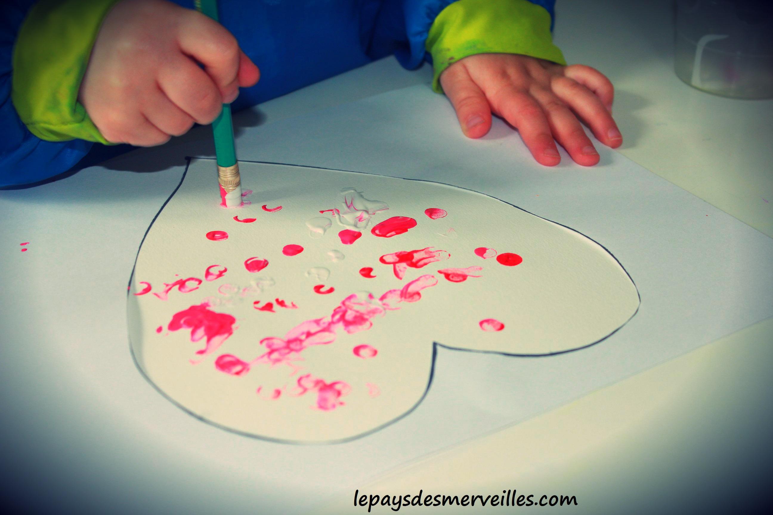 peindre avec la gomme d u0026 39 un crayon  u00e0 papier - un coeur pour papa