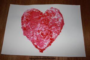 Bricolage coeur peinture - bricolage fête des pères fête des mères (7)