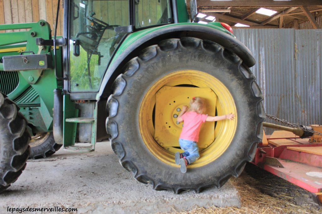 Séjour ferme tracteur (10)