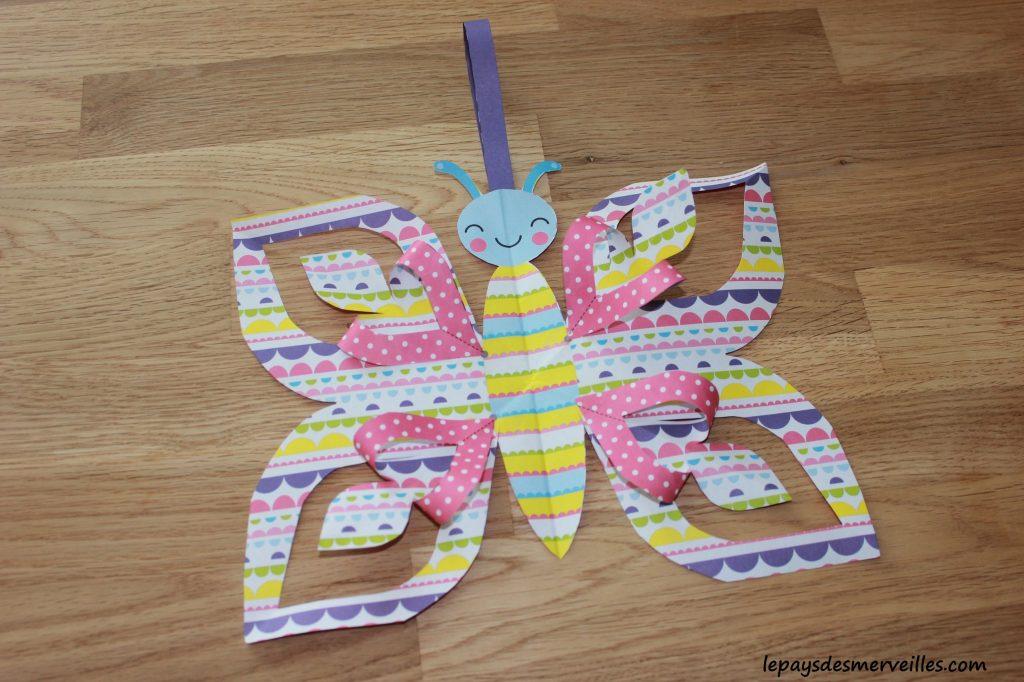 Décorations à découper, plier et coller- Editions Usborne - Origami facile (4)