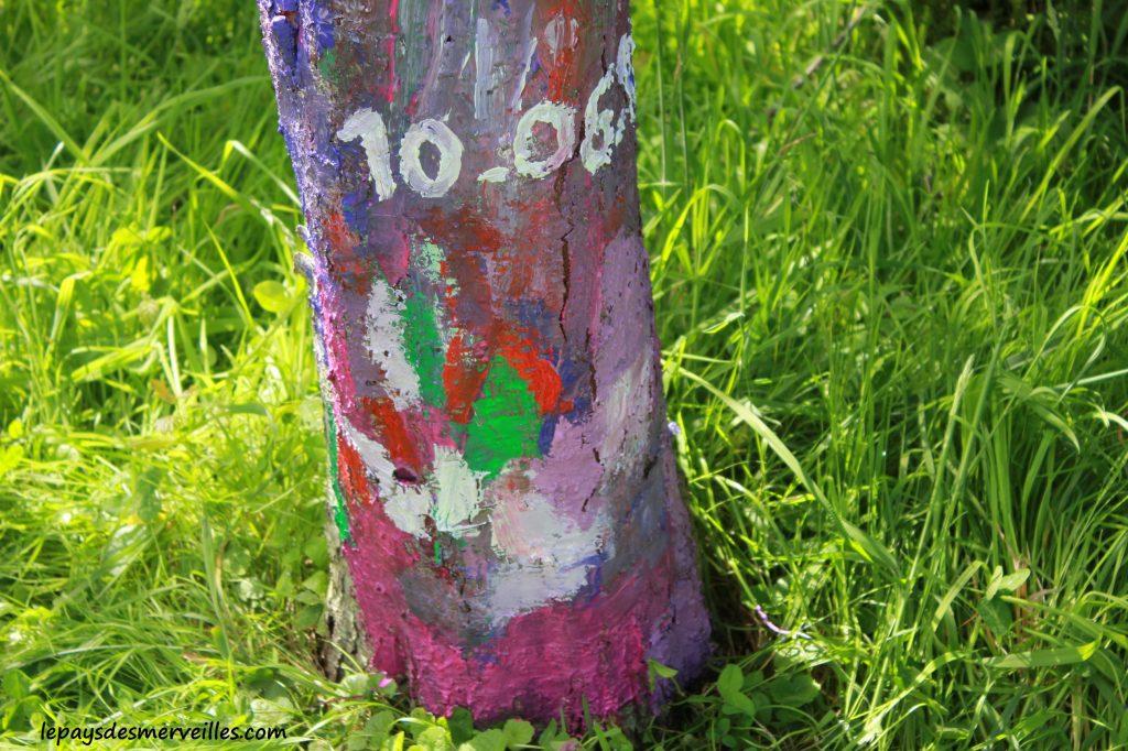 Peindre sur un arbre (2)