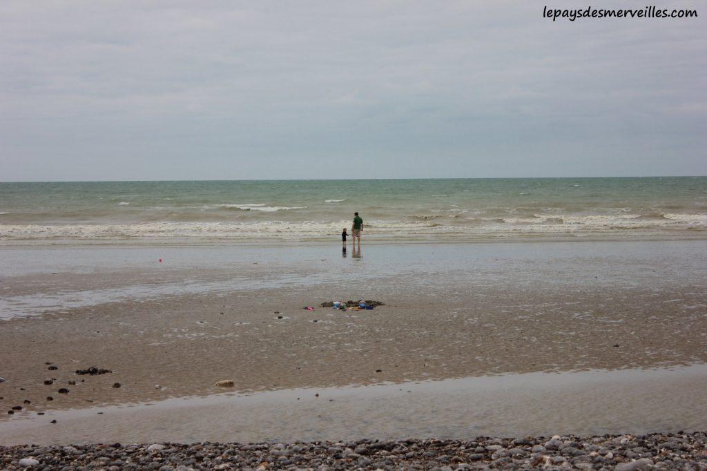 plage de galets saint aubin sur mer