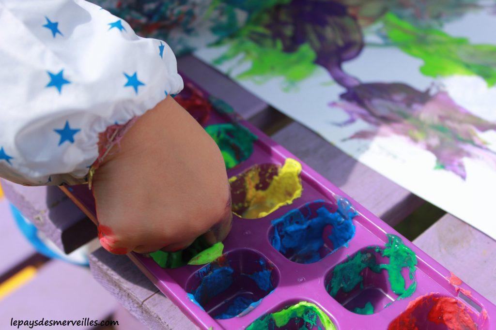 Peinture glaçons gouache - activité manuelle enfant (18)