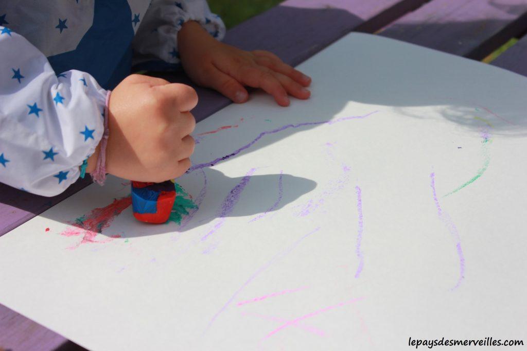 Peinture glaçons gouache - activité manuelle enfant (4)