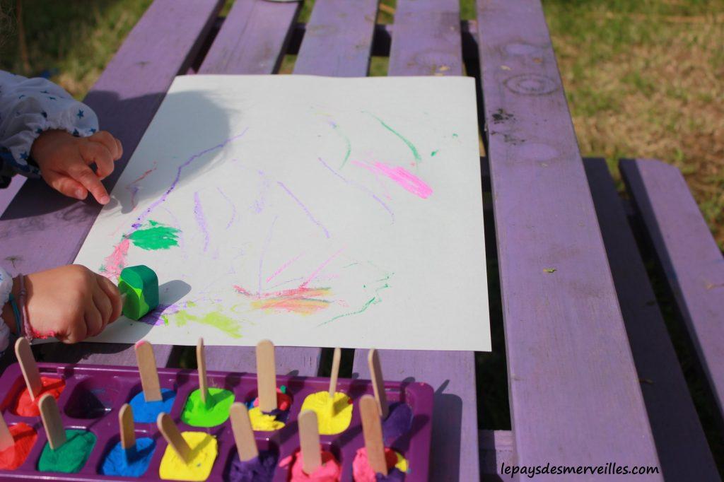 Peinture glaçons gouache - activité manuelle enfant (5)