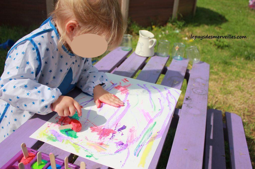 Peinture glaçons gouache - activité manuelle enfant (7)