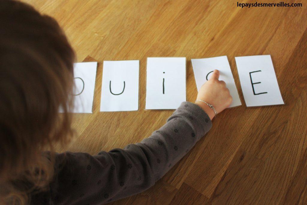Etiquette lettre prénom (7)