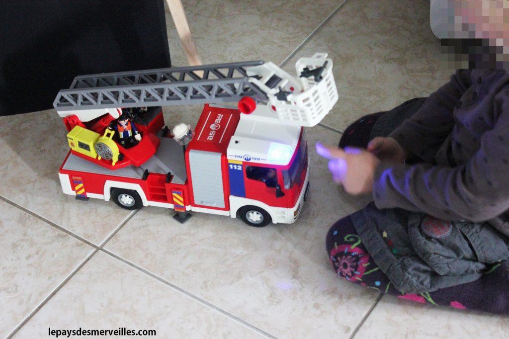 camion de pompiers playmobil