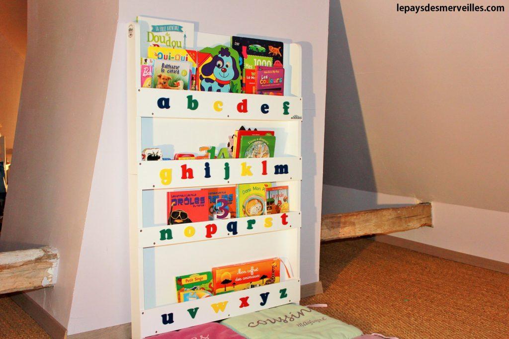 Grande bibliothèque Tidy books (1)
