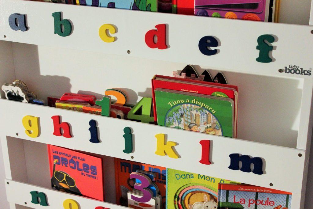 Grande bibliothèque Tidy books (2)