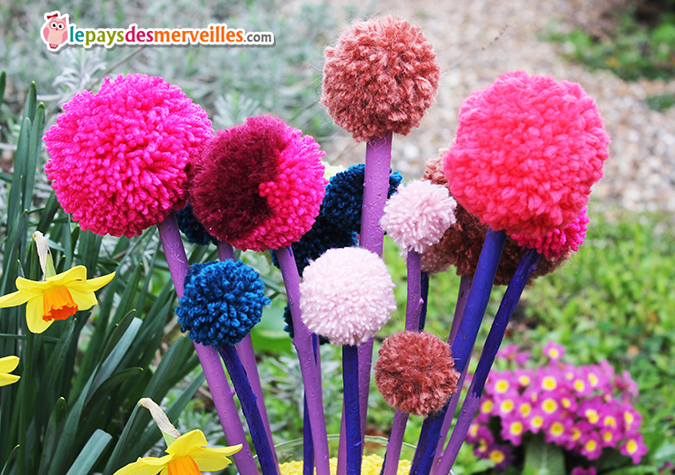 Diy Son Joli Bouquet De Printemps Fait De Pompons L Art