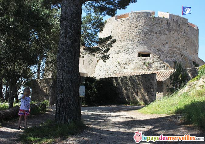 chateau de porquerolles fort sainte Agathe