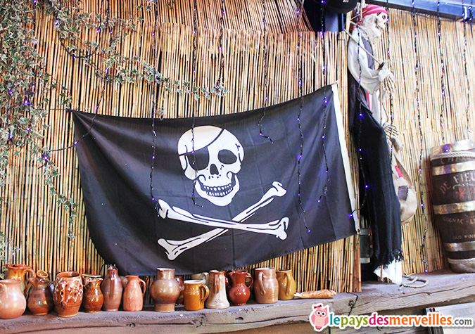 Le repere des pirates restaurant spectacle (11)