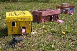 activité manuelle les 3 petits cochons