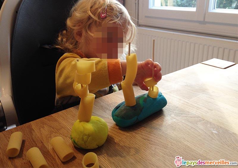activité bébé montessori