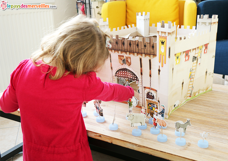jeu chateau fort livre (1)