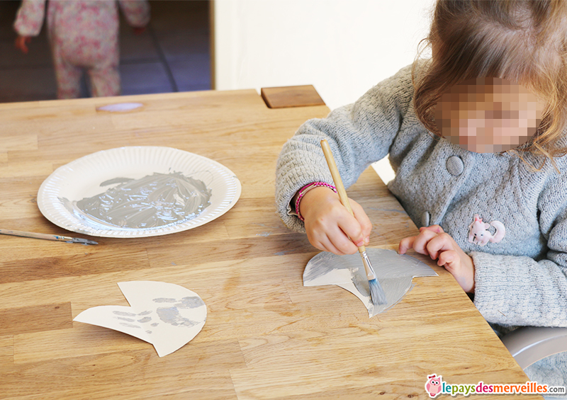 ailerons de requin carton (2)