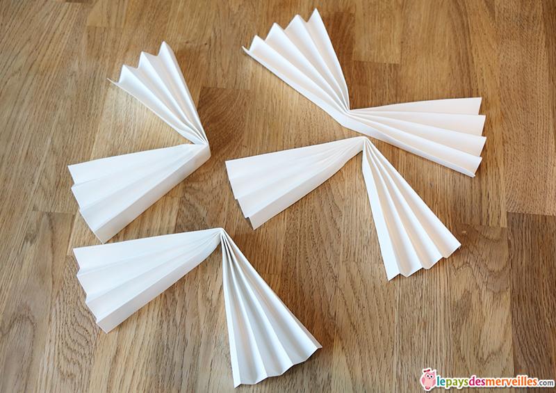 Diy un ventail d coratif et artistique le pays des merveilles - Comment faire un eventail en papier ...