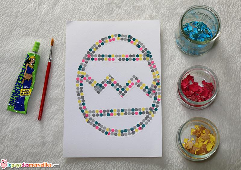 Collage de coquilles d ufs color es pour p ques - Coquille d oeuf couleur ...