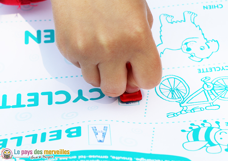 apprentissage lettre majuscule tampon