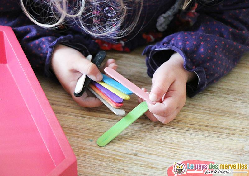 jeu couleurs batonnets bois
