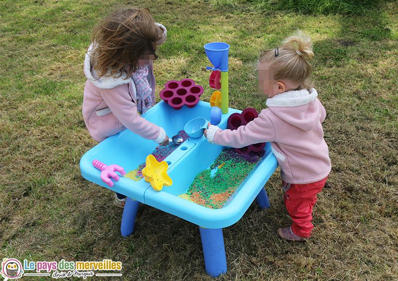 table enfant jeu sensoriel