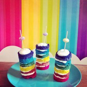 petit rainbow-cakes