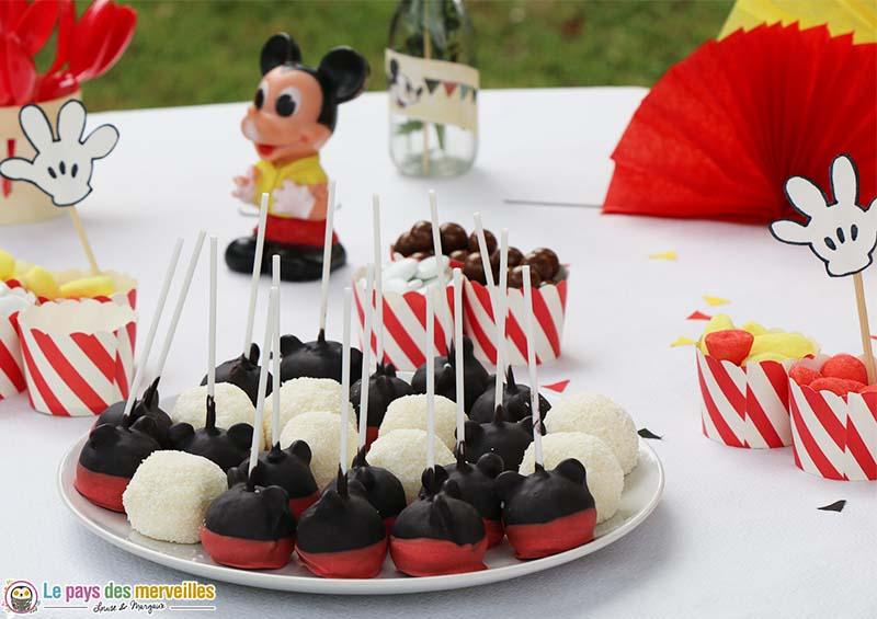 cake pops mickey