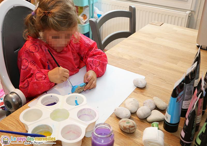 peinture-acrylique-galet