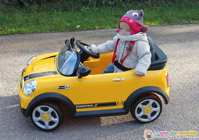 voiture-electrique-enfant-1-an