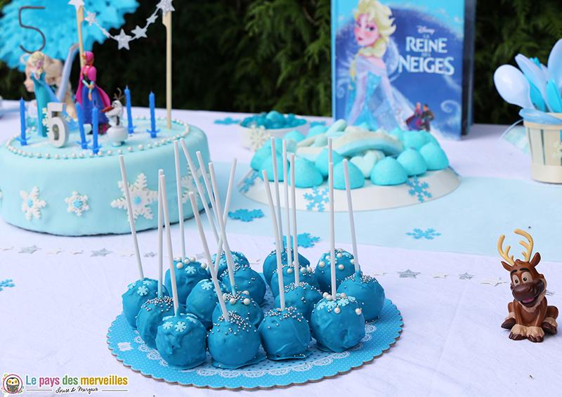 cake-pops-reine-des-neiges