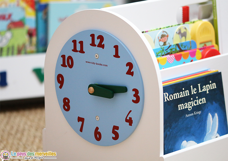 horloge boite a livres bois