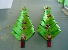 sapin bandes papiers pliees