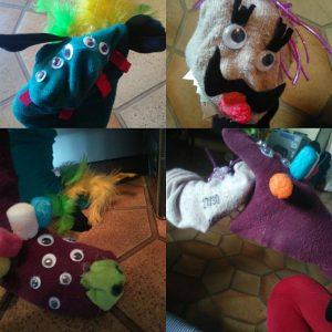 Marionnettes chaussettes monstres