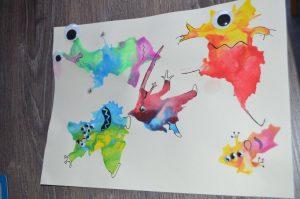 monstres colorés technique de la peinture soufflée
