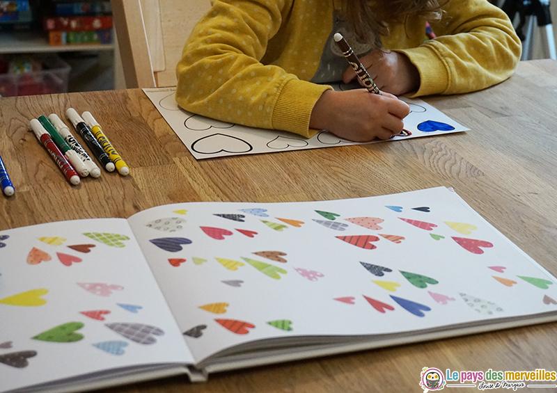 coloriage coeurs avec des feutres magiques