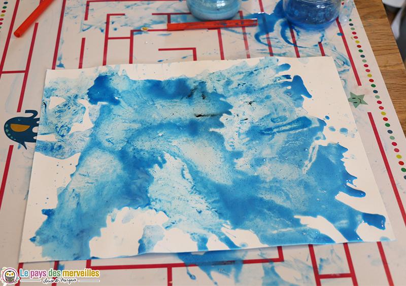 Peinture soufflée à la paille enfant 2ans