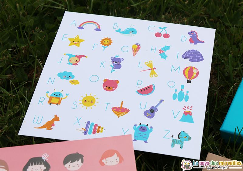 Carte illustration alphabet pour les enfants