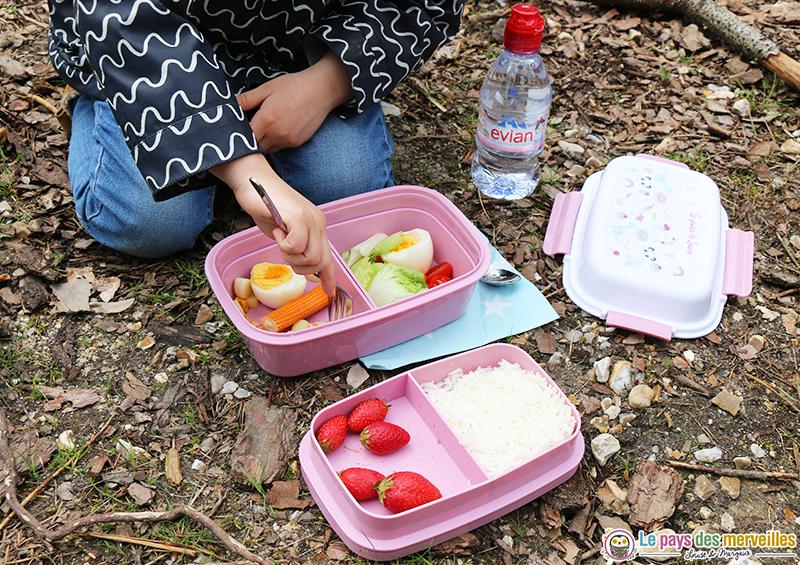 Une jolie lunch box personnalis e pour nos pique niques - Idee pique nique enfant ...