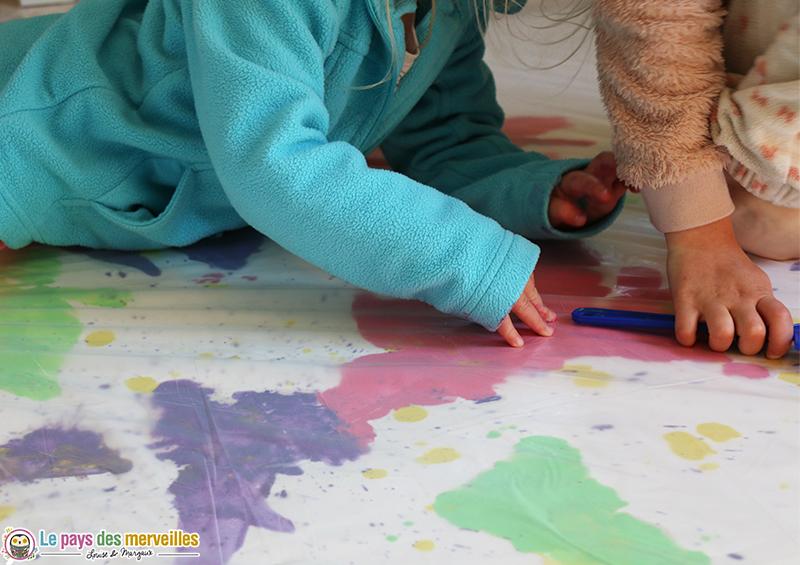 Peinture propre avec une bache