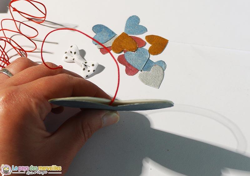 assemblage des coeurs pour créer l'enveloppe